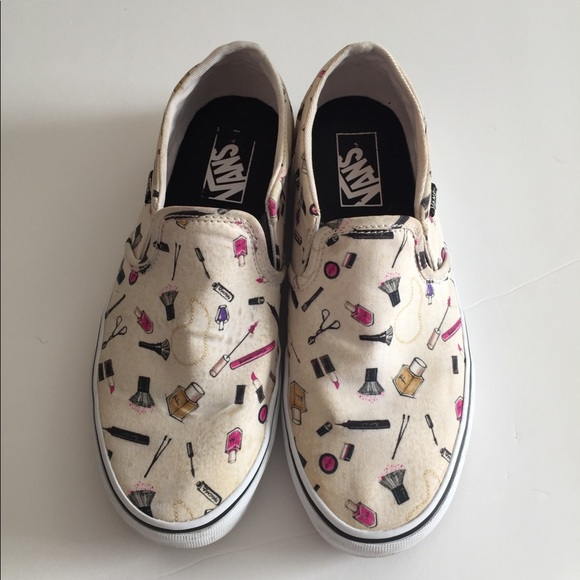 895955986f9855 VANS asher makeup print slip ons. M 5c19324ade6f62be8bce8373. Other Shoes  ...